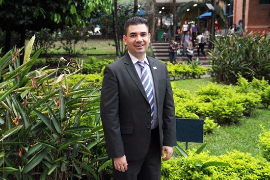 Decano de Ciencias Sociales y Humanas fue ponente en el Colegio de Abogados de MedellínIUSH