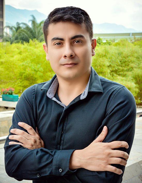 Mg.(c) Andrés Esteban Marín participó en Proyecto ganador de Premio Iberoamericano de Social MediaIUSH