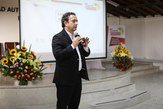 Rector de la IUSH participa en Congreso InternacionalIUSH