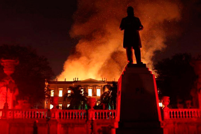 Brasil pierde años de historia en incendio de Museo NacionalIUSH