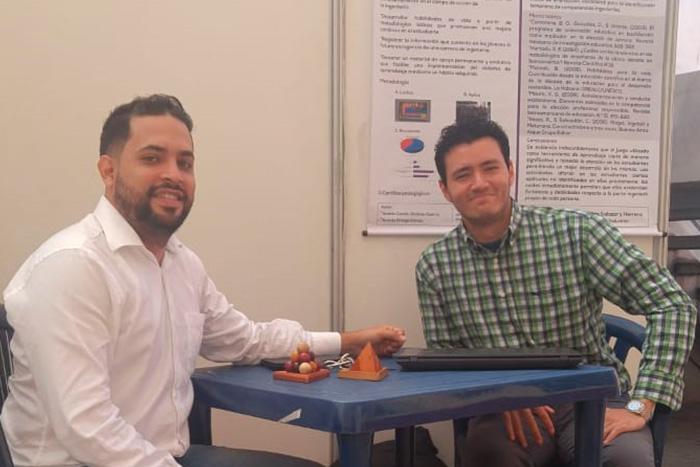 Estudiantes de Ingeniería Industrial representaron a la IUSH en encuentro nacional de investigaciónIUSH