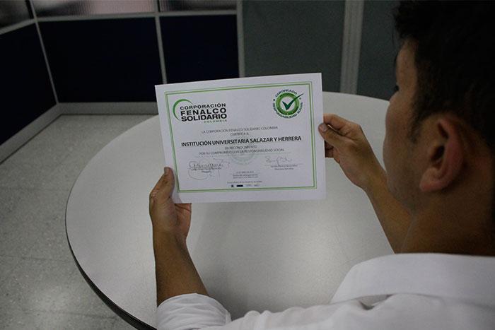 La IUSH y el Liceo obtuvieron certificación por parte de la Corporación Fenalco Solidario Colombia en Responsabilidad SocialIUSH