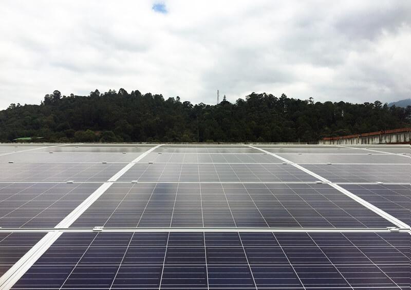 La IUSH pone en marcha el proyecto solar fotovoltaico más grande en instituciones educativas de AntioquiaIUSH