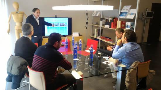 La IUSH busca alianzas con AITEX en Valencia, España.IUSH