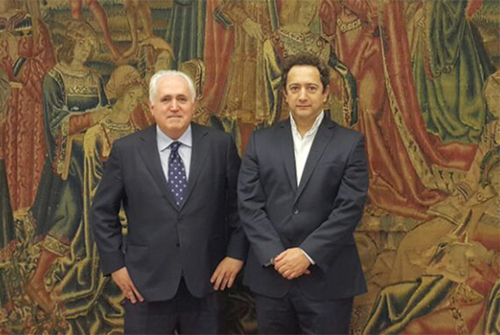 Rector de la IUSH arriba a Bilbao, España.IUSH