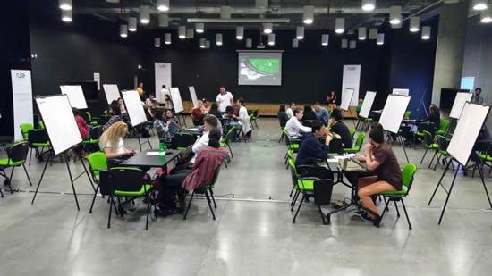 Estudiantes y docentes del Liceo y la IUSH participan de Creatón 2017IUSH