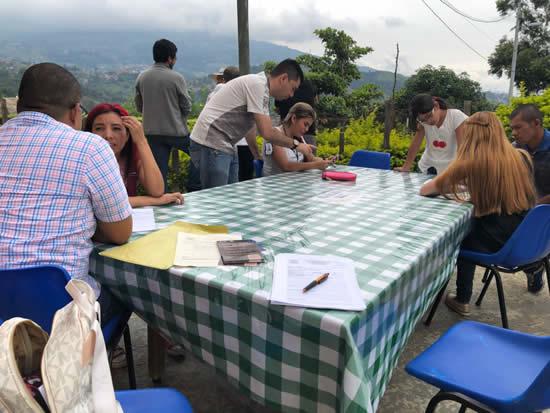 El Consultorio Jurídico continúa realizando jornadas en las comunas IUSH