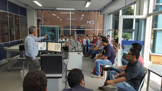 Estudiantes de la Universidad Nacional de Manizales visitaron el CIMIUSH