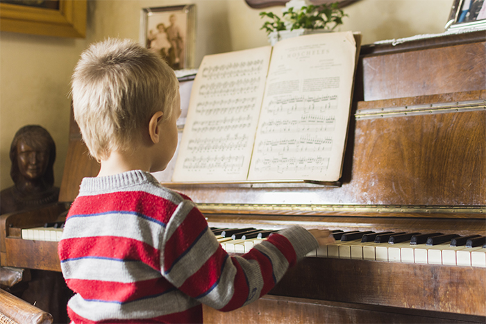 Estudiantes que aprenden música sacan mejores notas en algunas asignaturasIUSH