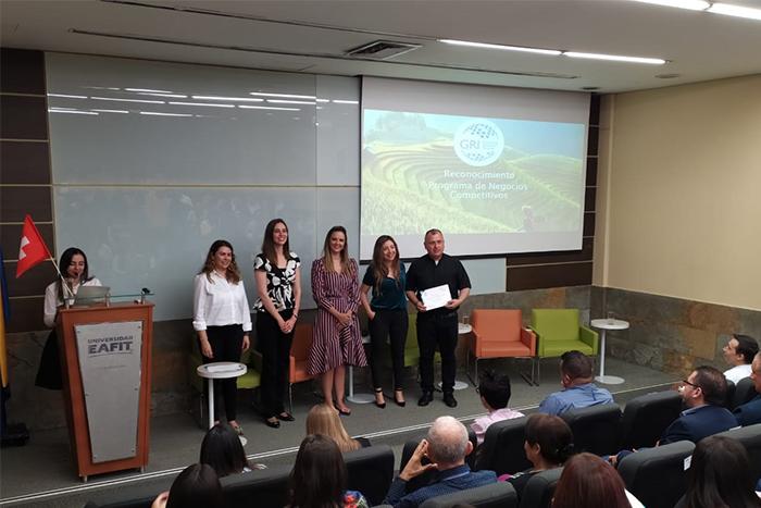 La IUSH recibe importante reconocimiento por contribuir con la sostenibilidad del PaísIUSH