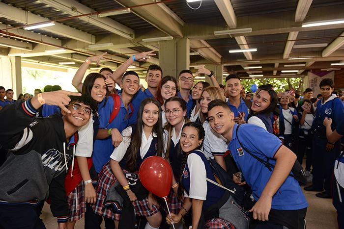 El Tu IUSH recibió a 2.000 jóvenes de diferentes institucionesIUSH