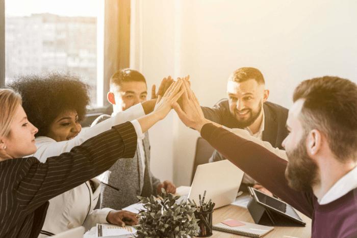 Hack_IUSH 2020 el encuentro entre estudiantes y líderes empresarialesIUSH