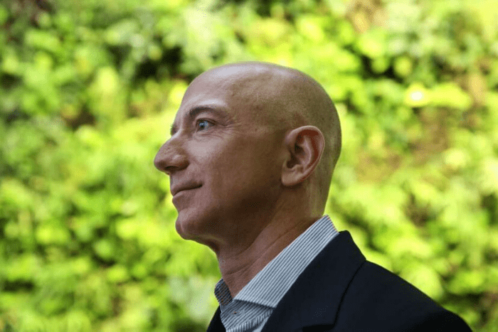 Jeff Bezos, el hombre más rico del mundo, aportará 10 mil millones de dólares a la lucha contra el cambio climático.IUSH