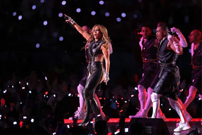 El entretiempo del Super Bowl: Un show para emocionarIUSH