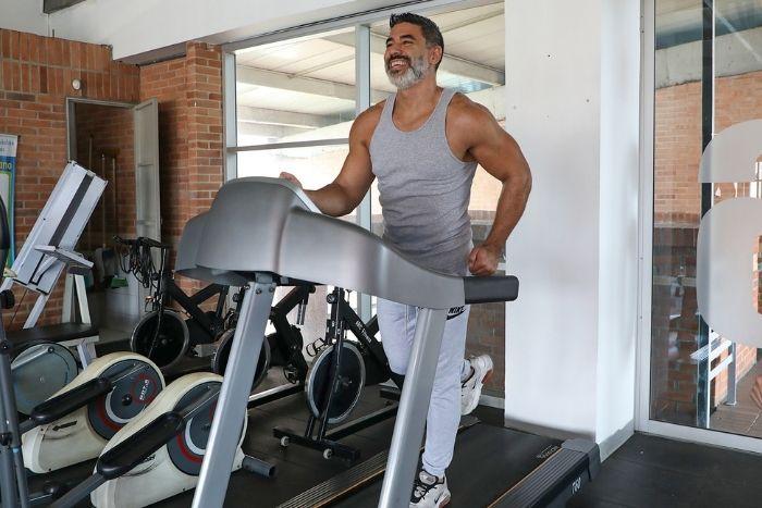 El ejercicio físico ayuda a crear nuevas neuronas y a mejorar la memoriaIUSH