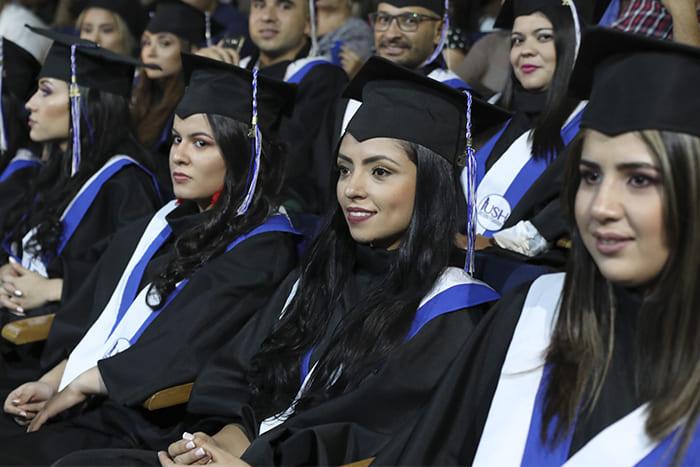 Ensayo y Ceremonia de Graduación - Mayo 2019IUSH