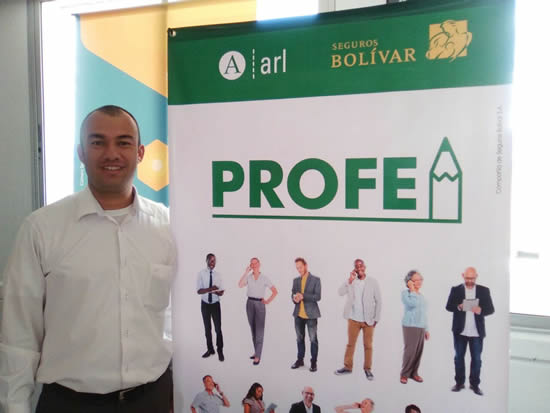 Coordinador de Planta Física se certifica con ARL BOLIVARIUSH